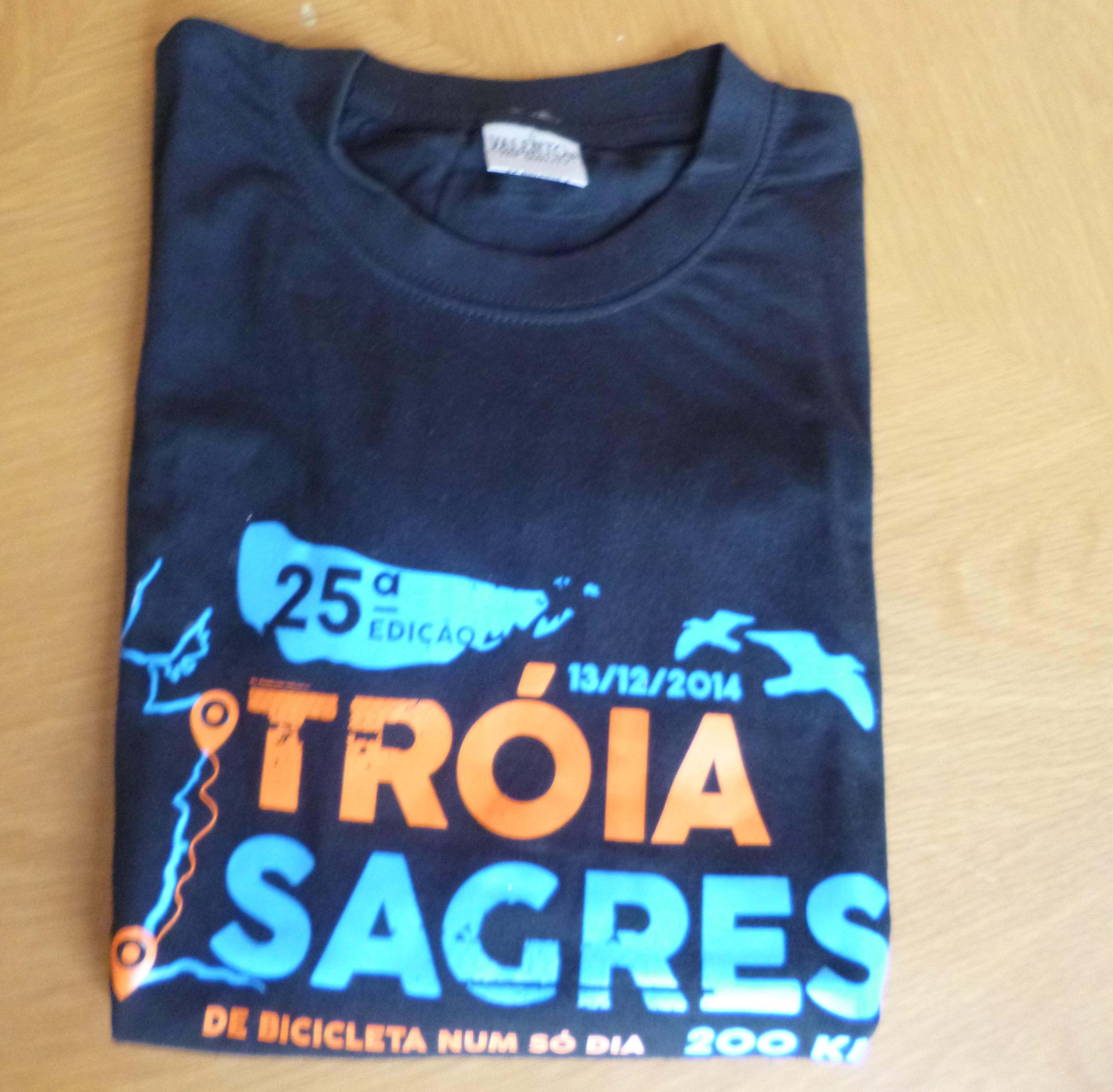 T-shirt estampada com vinil
